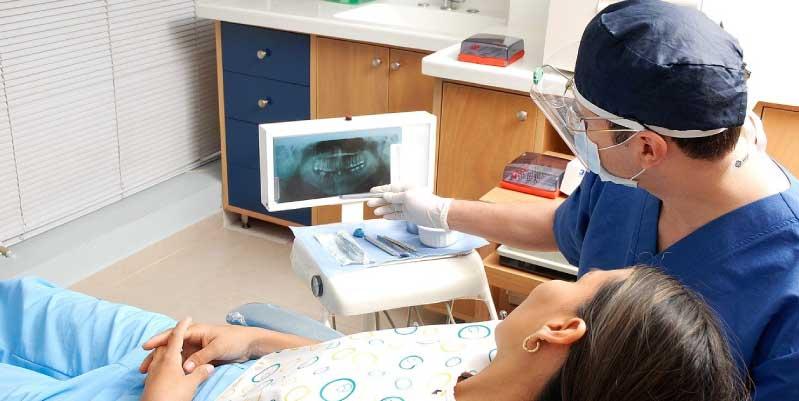 clinica dental urgencias barcelona