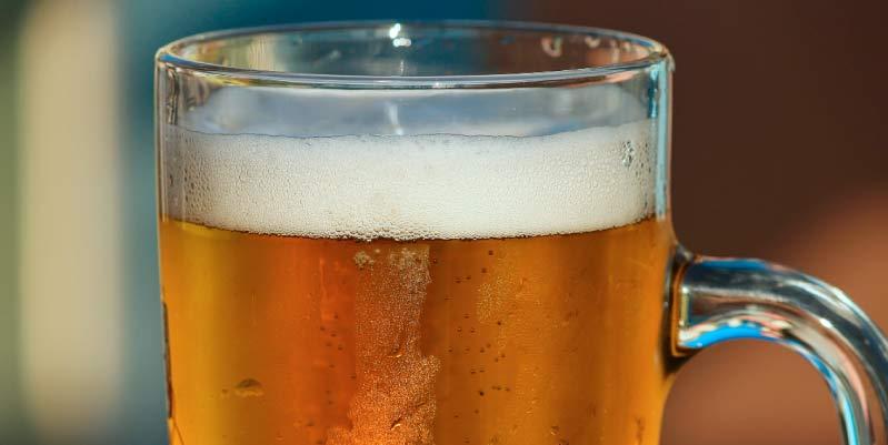 es bueno tomar cerveza