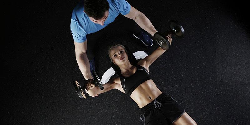 ejercicios de pesas para mujeres